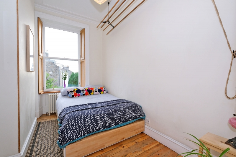 4 Springbank Place, Aberdeen, AB11 6LW Offers Over £ ...