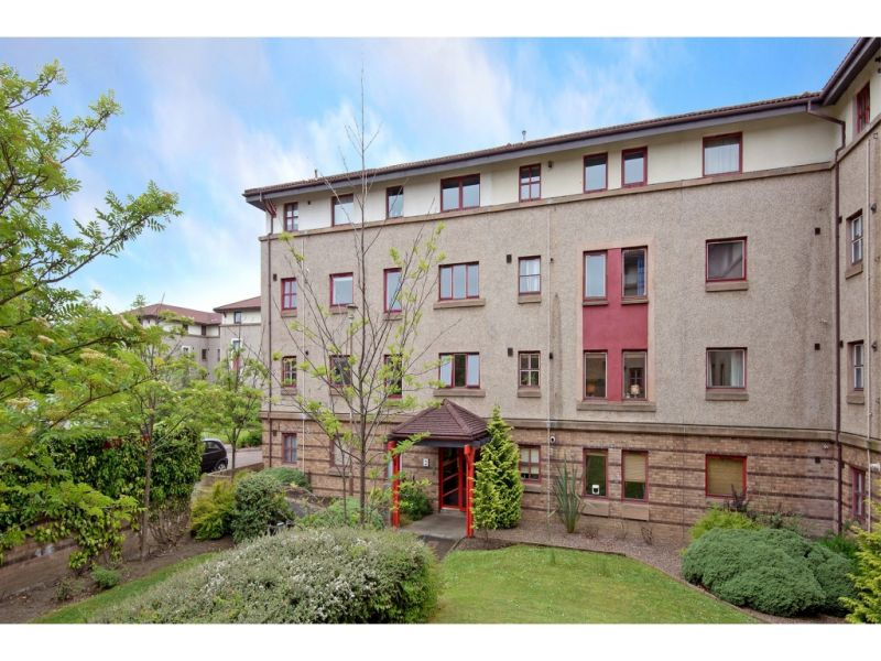 2 Flat 4  North Werber Place, EDINBURGH, EH4 1TE