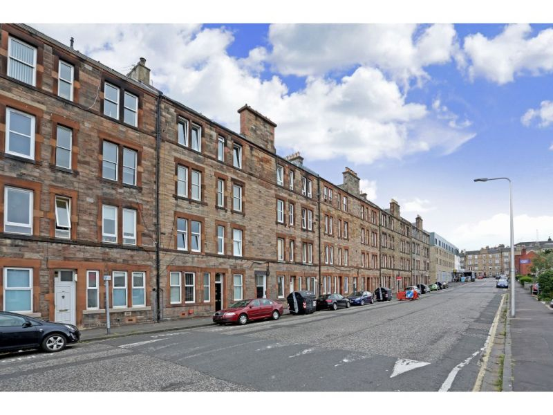 55 1f4, Logie Green Road, Edinburgh, EH7 4HB