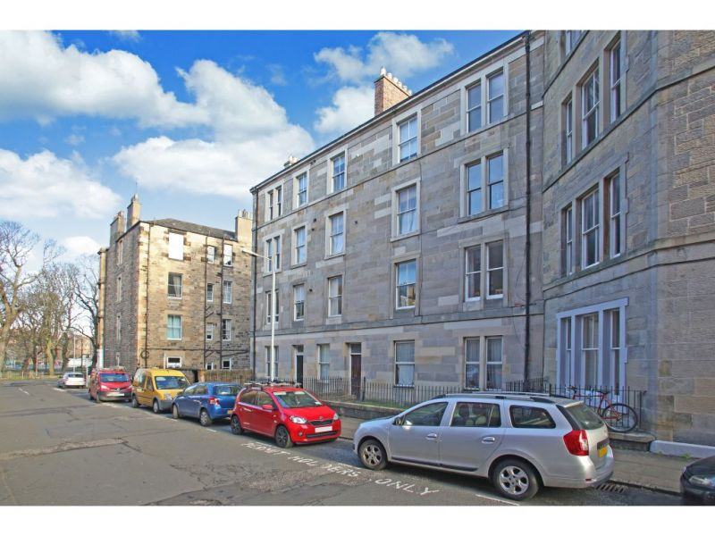 3 Flat 2, Moncrieff Terrace, EDINBURGH, EH9 1NB