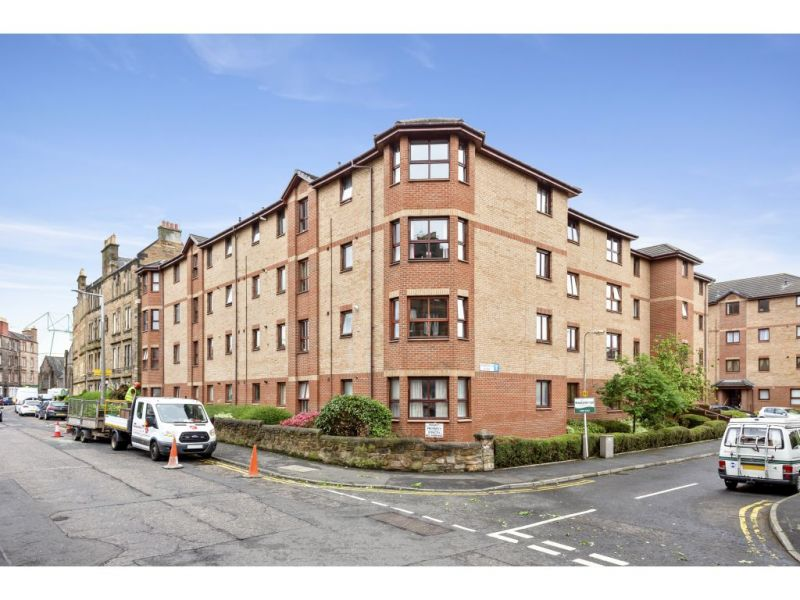 17/4 Harrismith Place, Edinburgh, EH7 5PE